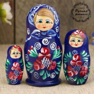 Матрёшка «Розочки», тёмно-синее платье, 3 кукольная, 9 см