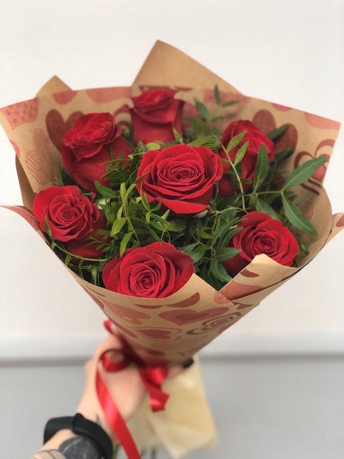 Букет-комплимент из красных роз