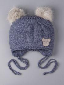 РБ 0024021 Шапка вязаная для мальчика с двумя помпонами на завязках, нашивка сладкий медвежонок, джинс