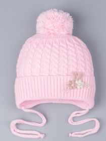РБ 0023412 Шапка вязаная для девочки с бубоном на завязках, на отвороте цветочки, светло-розовый