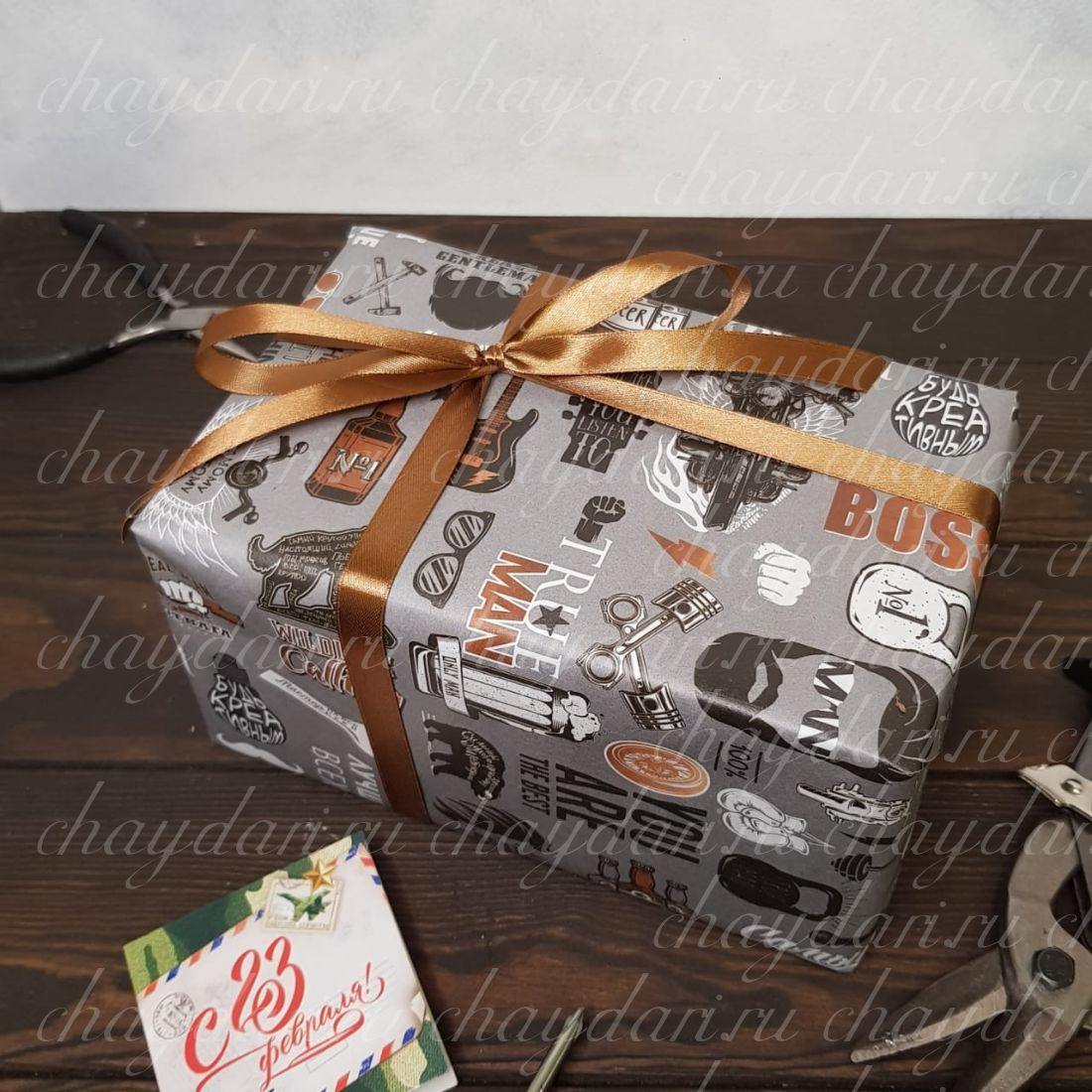"""Коробка с чаем и сладостями   """"BOSS N•1"""""""