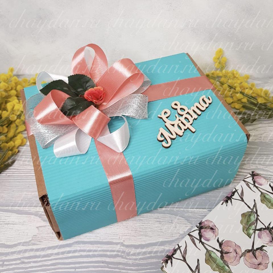Коробка с чаем и сладостями «8 марта в стиле Тиффани»