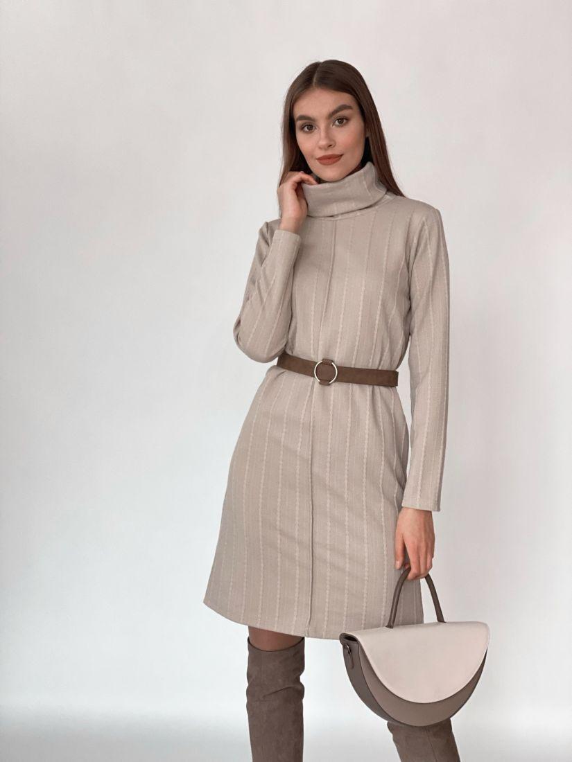 s3620 Платье-свитер с планкой в цвете крем