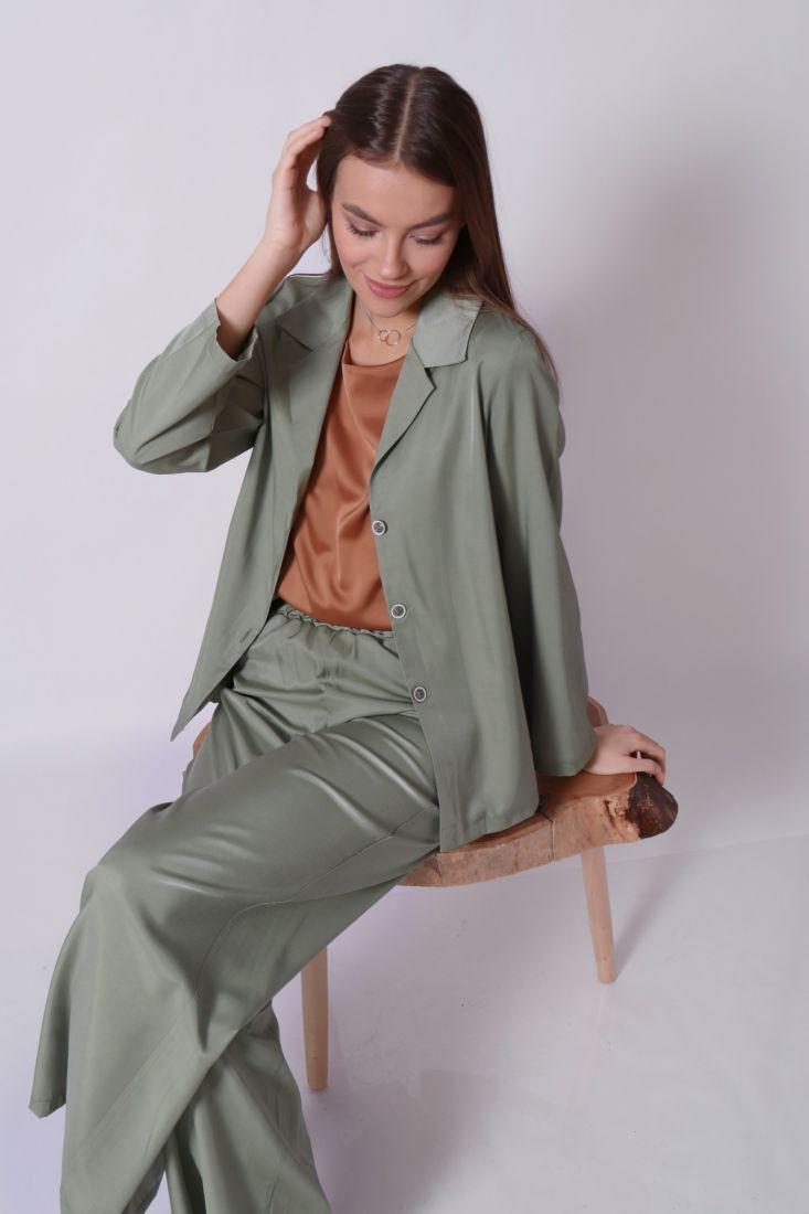 s2775 Костюм в пижамном стиле оливковый