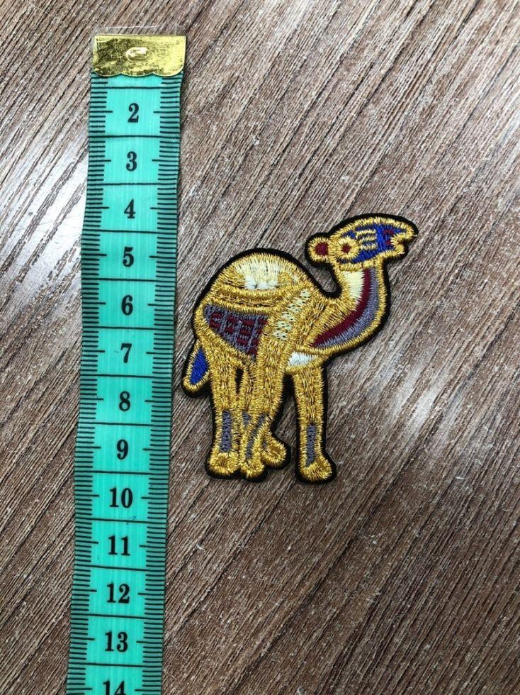 нашивка с термослоем верблюд