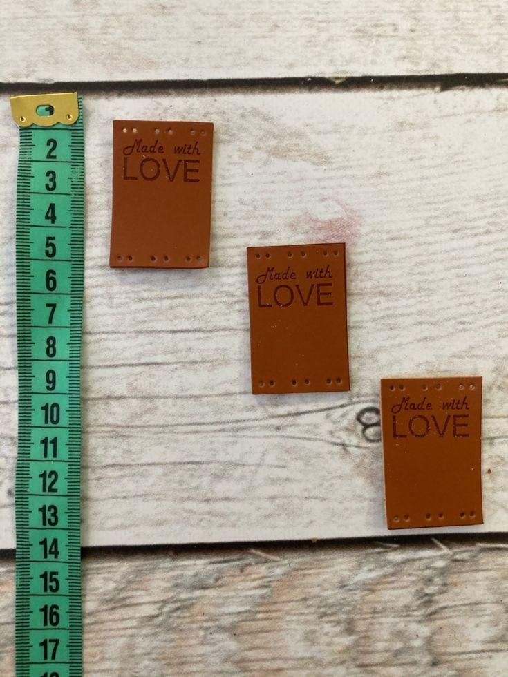 нашивка квадратная двойная LOVE