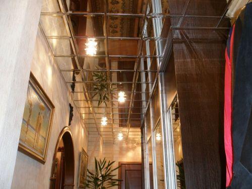 Зеркальный потолок серебро 30х30 см. с фацетом