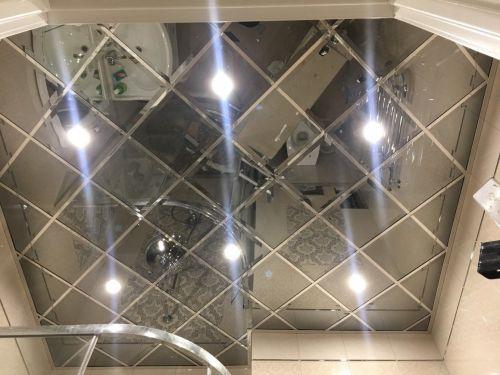 Зеркальный потолок титан 30х30 см. с фацетом