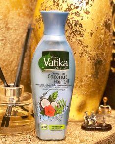 Кокосовое масло Dabur Vatika обогащенное листьями карри, нимом и гибискусом