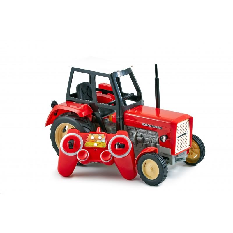 Трактор на управлении