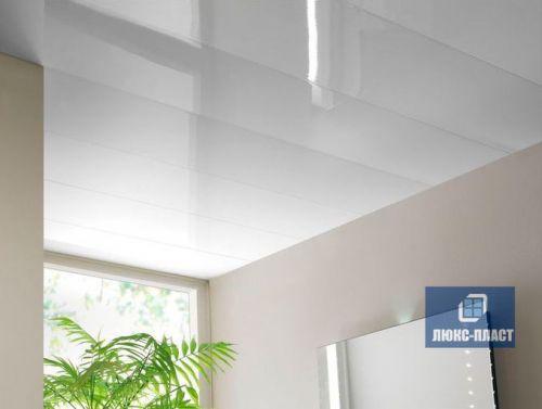 Пластиковый реечный потолок белый глянец