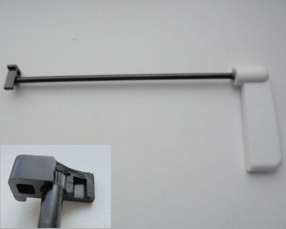 Механизм поднятия лапки BROTHER 2340 CV  COVER STITCH (заводской дефект оливки - причина уценки)   цена 300 руб.