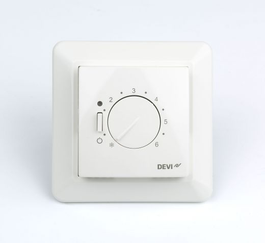 DEVI терморегулятор D530 от +5 до +45гр.скр.монт.белый с датчиком пола