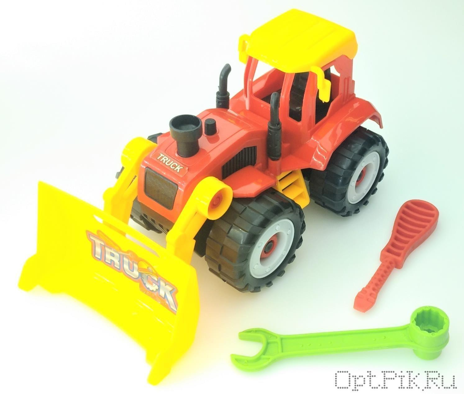 Трактор с ковшом разборный с инструментами