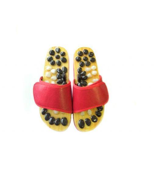 Красные массажные тапочки с гематитом