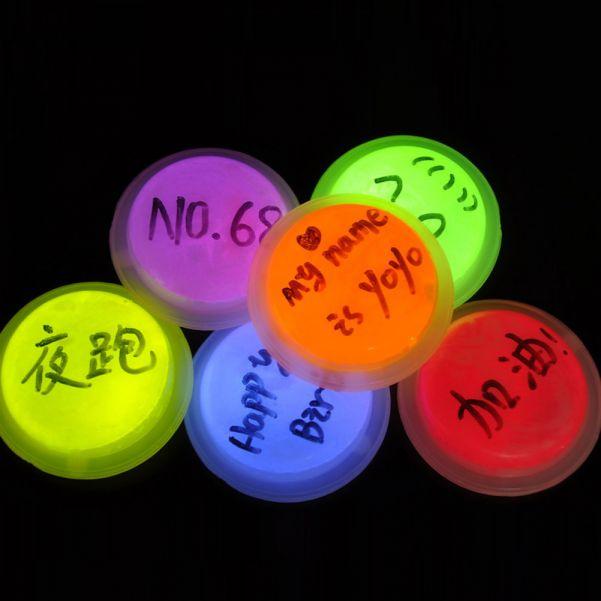 Светящийся круглый значок Glow Badge