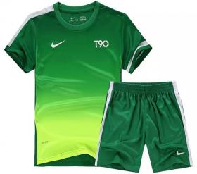 Форма футбольная детская Nike T90 зеленая