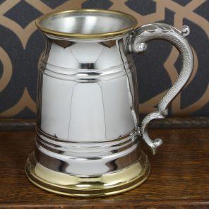 Кельтский Танкард - Старинный Лондон с латунными дном и каймой,  OLD LONDON TANKARD PEWTER (brass lip and base).