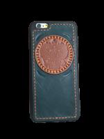 Кожаный чехол-накладка с круглым гербом РФ на iPhone