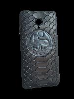Кожаный чехол-накладка с гербом Чечни на iPhone