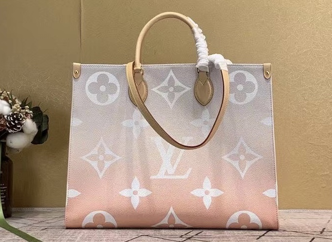 Louis Vuitton Onthego GM