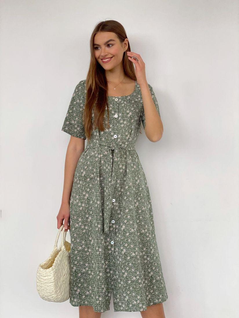 4037 Платье с вырезом каре зеленое с ромашками