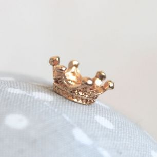 Кукольный аксессуар - Корона миниатюрная золотая 1,2 см.