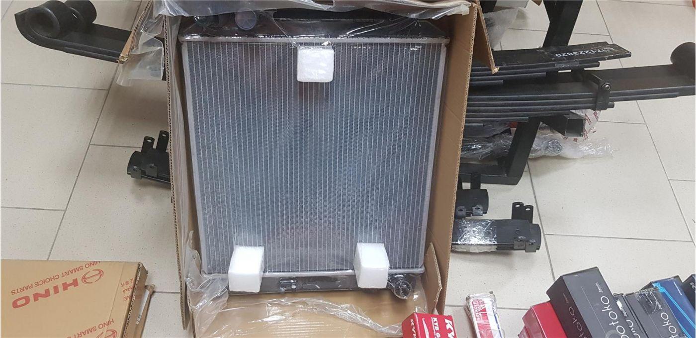 Радиатор охлаждения Isuzu NMR85 4JJ1 ЕВРО 4