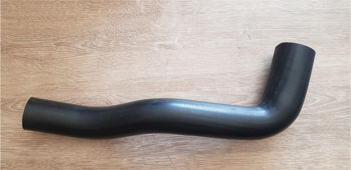 Патрубок радиатора охлаждения нижний 4HK1 Isuzu NQR75 Богдан Евро 3