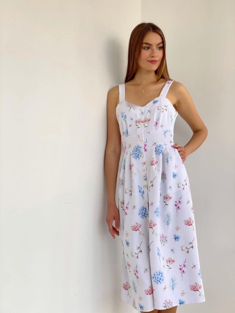 4053 Сарафан с расклешённой юбкой белый с цветами