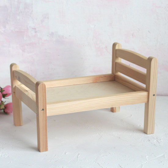 Аксессуар для куклы - Кроватка деревянная