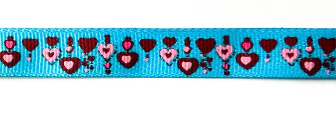 Фото Лента репсовая (в рубчик) 12 мм с рисунком Сердечки на бирюзовом LD-002.1