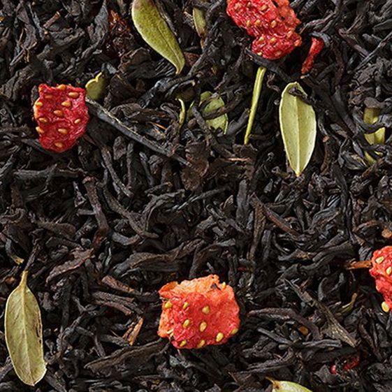 Клубника со взбитыми сливками - черный  чай с натуральными добавками