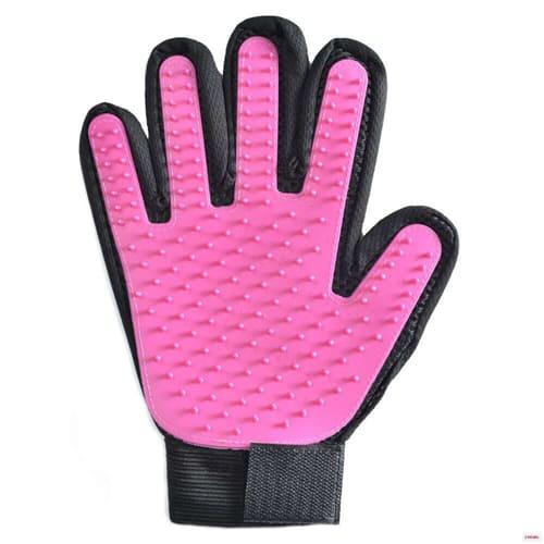 Перчатка для вычёсывания шерсти True Touch, цвет - фиолетовый.