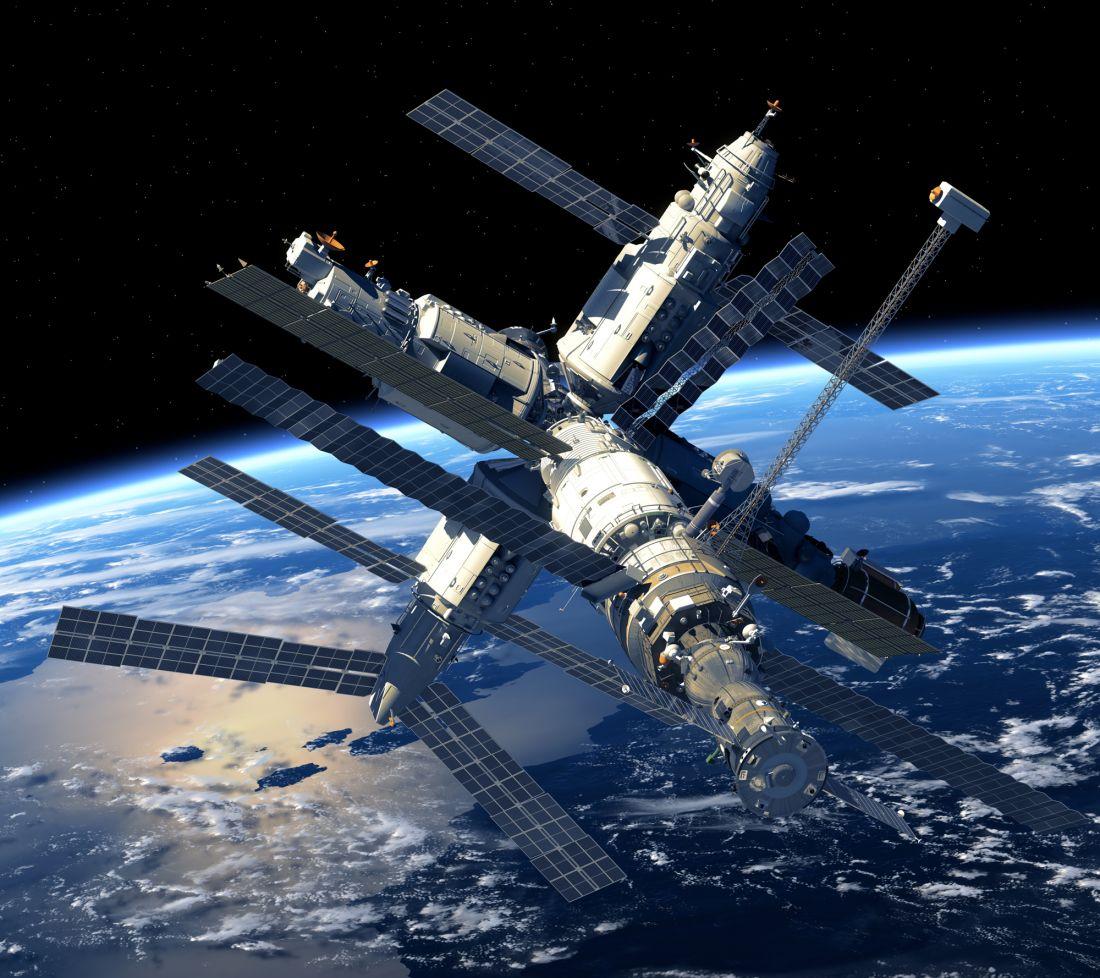 Космический корабль 25017