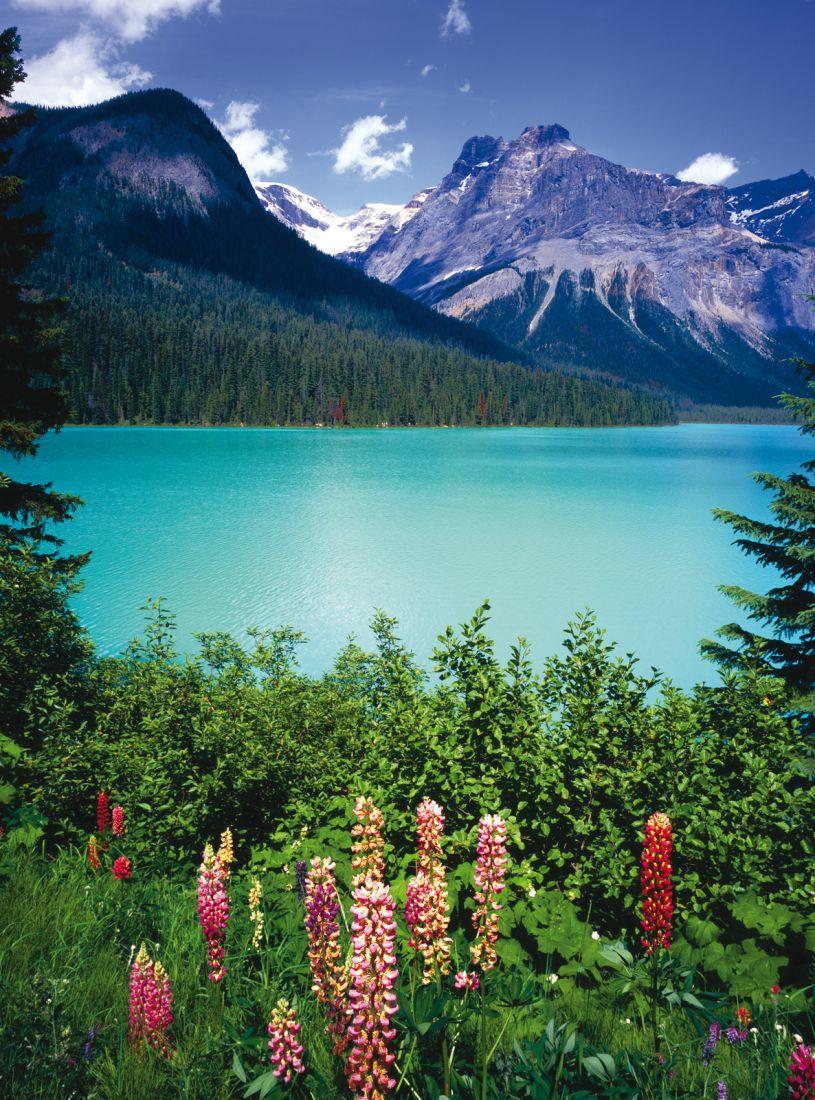 Озеро в горах 10-233