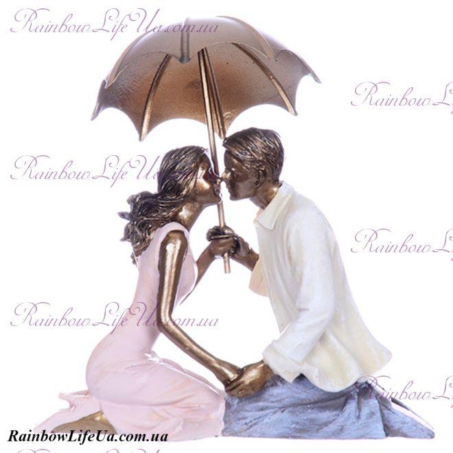 """Фигурка """"Пара влюбленных под зонтом"""""""
