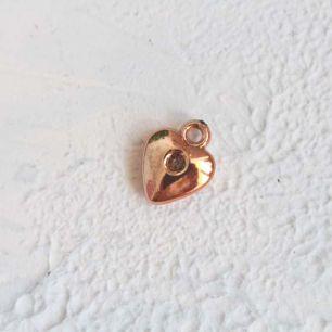 Подвеска Объемное сердечко, золотистое 10*15 мм
