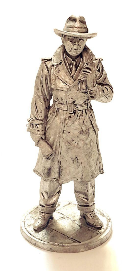 Фигурка Исхак Ахмеров - резидент советской разведки в США 1942-1945 олово