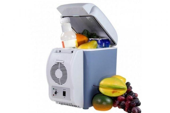 Автомобильный  Холодильник/Нагреватель 7.5 л - необходимое приспособление для путешествий.