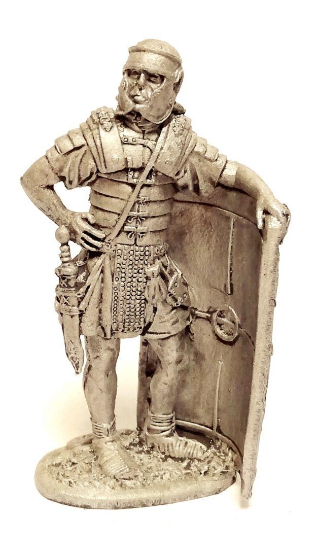 Фигурка Римский легионер II легион Августа Рим 1в. н.э. олово
