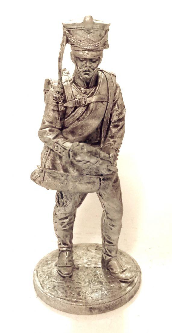 Фигурка Канонир (2 номер) армейской пешей артиллерии. Россия, 1809-14 гг.  олово
