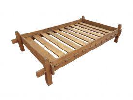 Средневековая Кровать с Планками