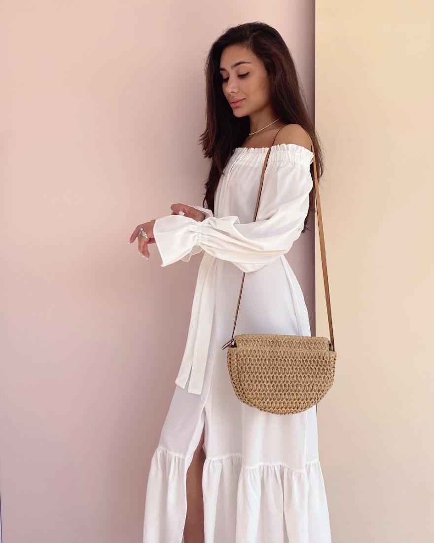 4346 Платье с открытыми плечами белое