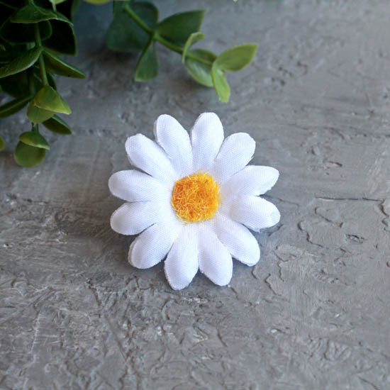 "Цветок ""Ромашка"" 4 см., белая"