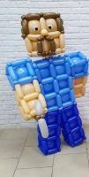 Персонаж компьютерной игры Minecraft из шаров