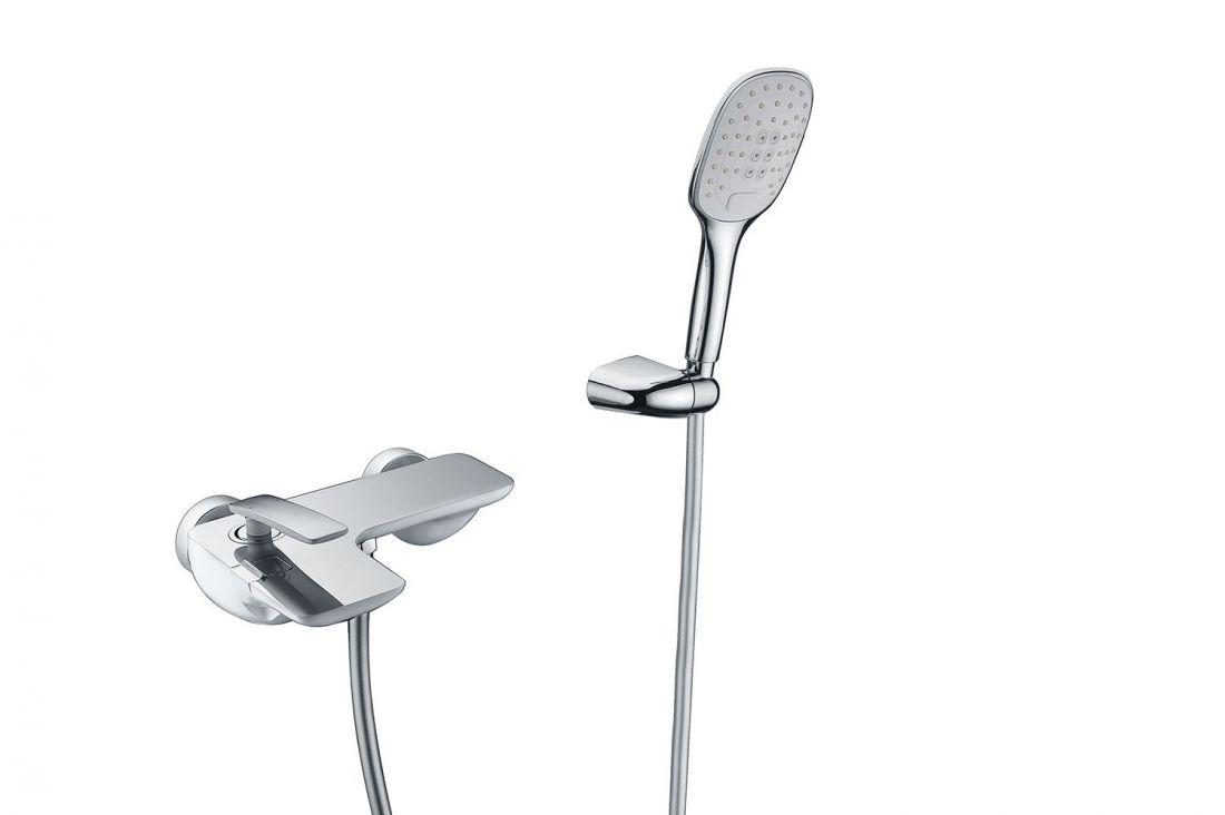 Смеситель для ванны с душем Timo Helmi (4014/00-16Y chrome white)