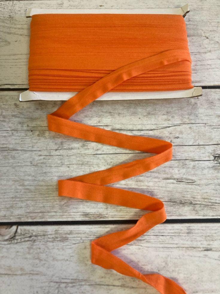 Окантовочная резинка-бейка  матовая оранжевая