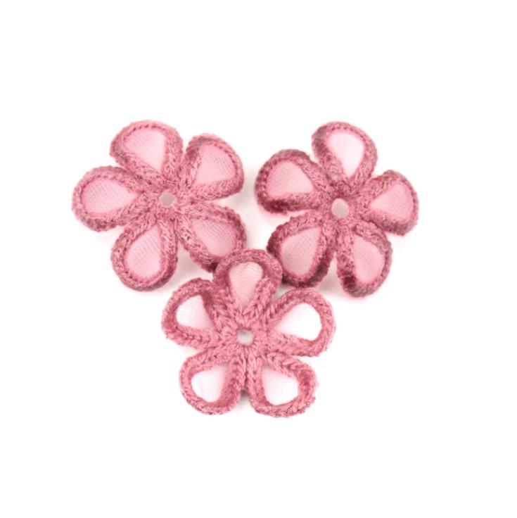 Нашивка декоративная Вышитый Цветок 3 штуки в упаковке. Разные цвета (3019-3)
