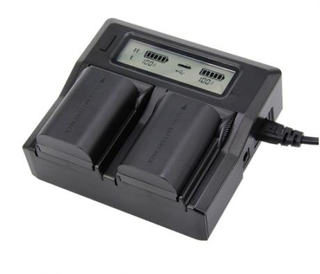 Двойное зарядное устройство для аккумуляторов Canon LP-E6